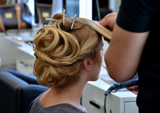 Se faire coiffer à prix mini avec l'école de coiffure Jean-Louis ...