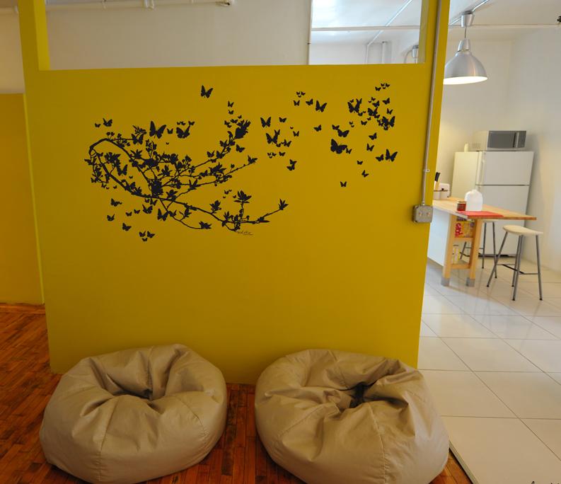 les stickers muraux de le pr d eau font parler les murs rennes des bons plans tous les bons. Black Bedroom Furniture Sets. Home Design Ideas