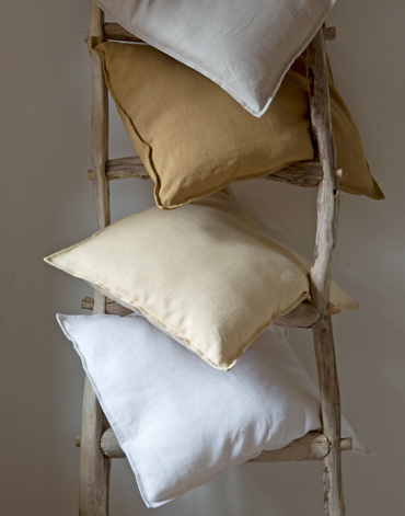 Coussin Heytens. Coussins Neufs Heytens X Cm With Coussin Heytens ...