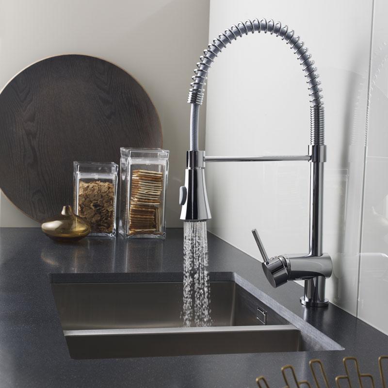 Mitigeur design cuisine fourniture pose evier robinets for Fourniture cuisine