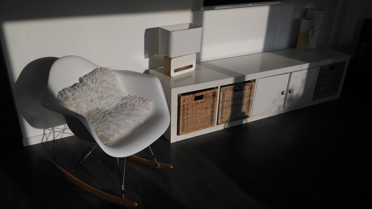 Un fauteuil de designer 3 fois moins cher avec diiiz for Chaise qui se balance