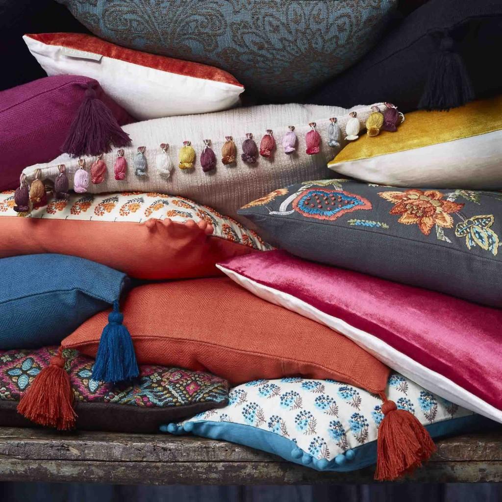 d co un coussin haut en couleur chez madura rennes rennes des bons plans tous les bons. Black Bedroom Furniture Sets. Home Design Ideas