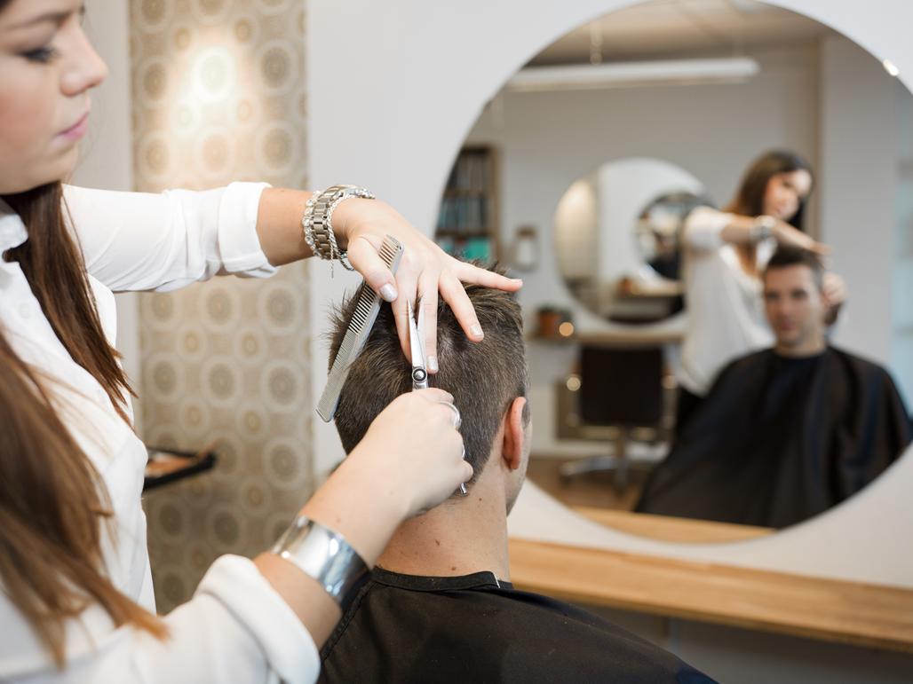 se faire coiffer à prix mini avec l'école de coiffure jean